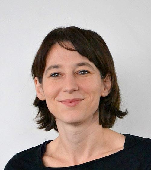 Dr. Annette Gomolla